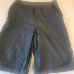 Faded Glory flat front Bermuda style shorts XL